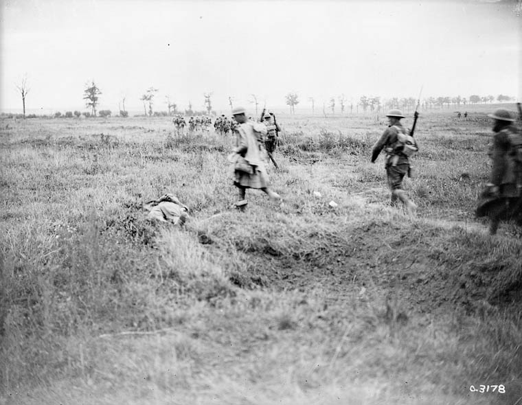 Canadians advancing east of Arras