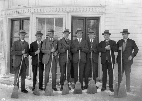 Buckingham curling team, 1927
