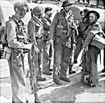 Débarquement de soldats à leur retour en Angleterre.
