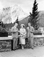 Photograph of King George VI, Queen Elizabeth and Prime Minister W.L. Mackenzie King, in Banff, 1939