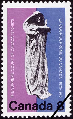 Timbre-poste (1975) illustrant une statue intitulée JUSTITIA en commémoration du centenaire de la Cour suprême, 1875-1975
