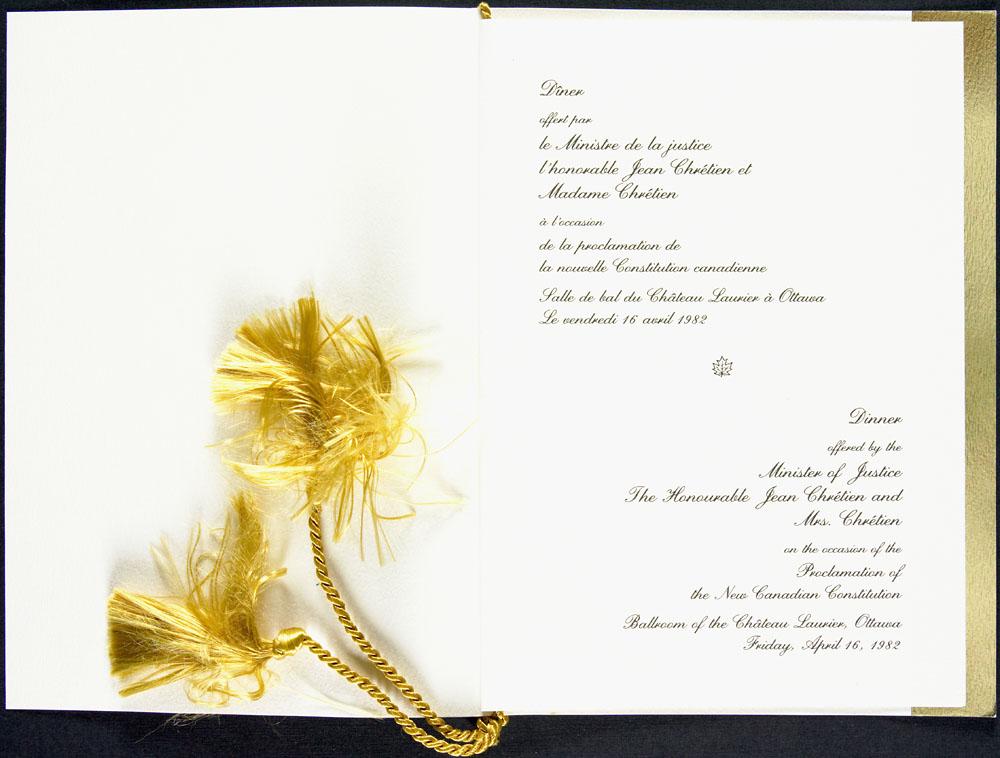 Page de titre du menu du dîner offert par le ministre de la Justice, Jean Chrétien, à l'occasion de la proclamation de la LOI CONSTITUTIONNELLE DE 1982, 16 avril 1982
