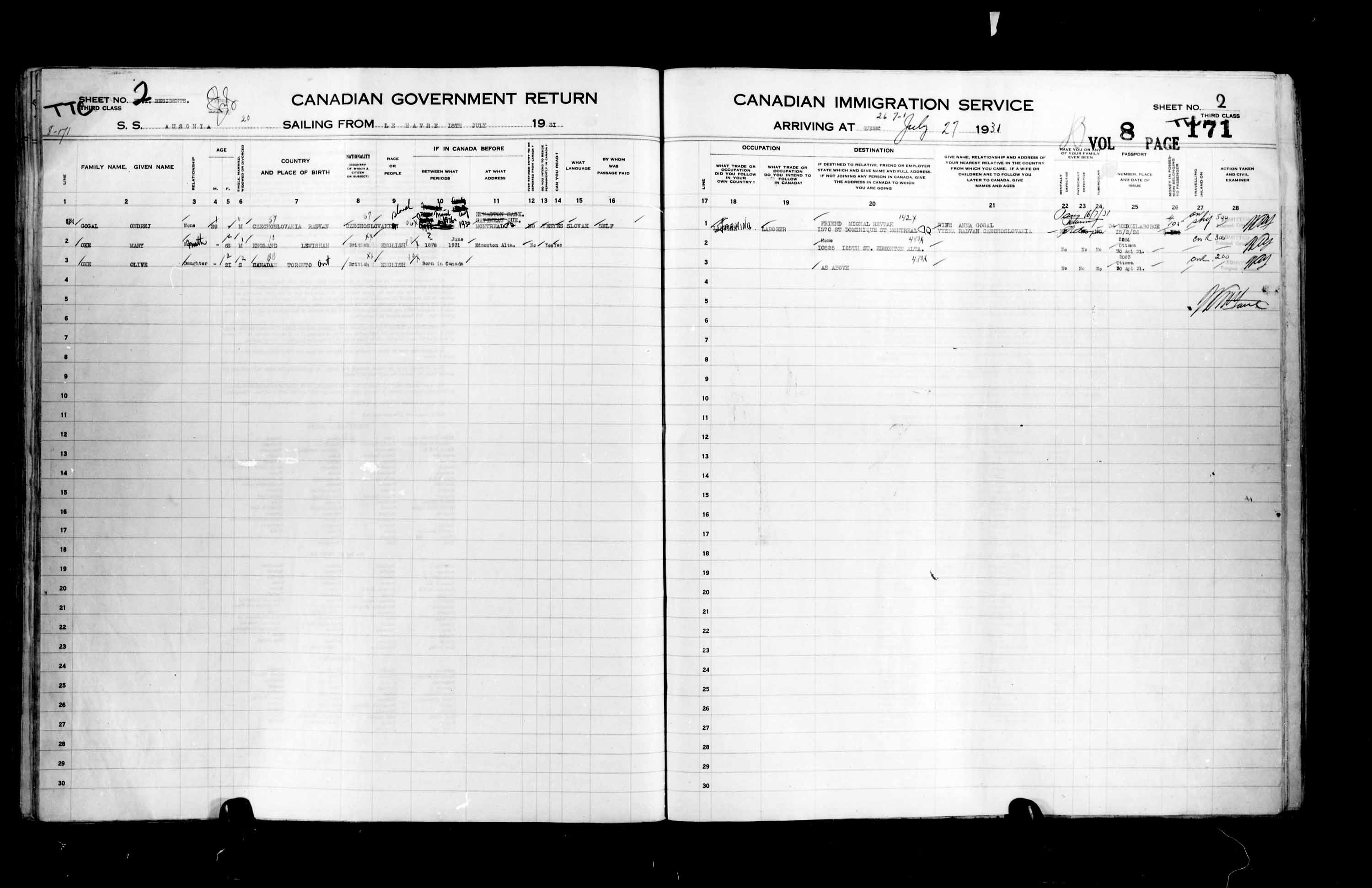 Title: Passenger Lists: Quebec City (1925-1935) - Mikan Number: 134839 - Microform: t-14773
