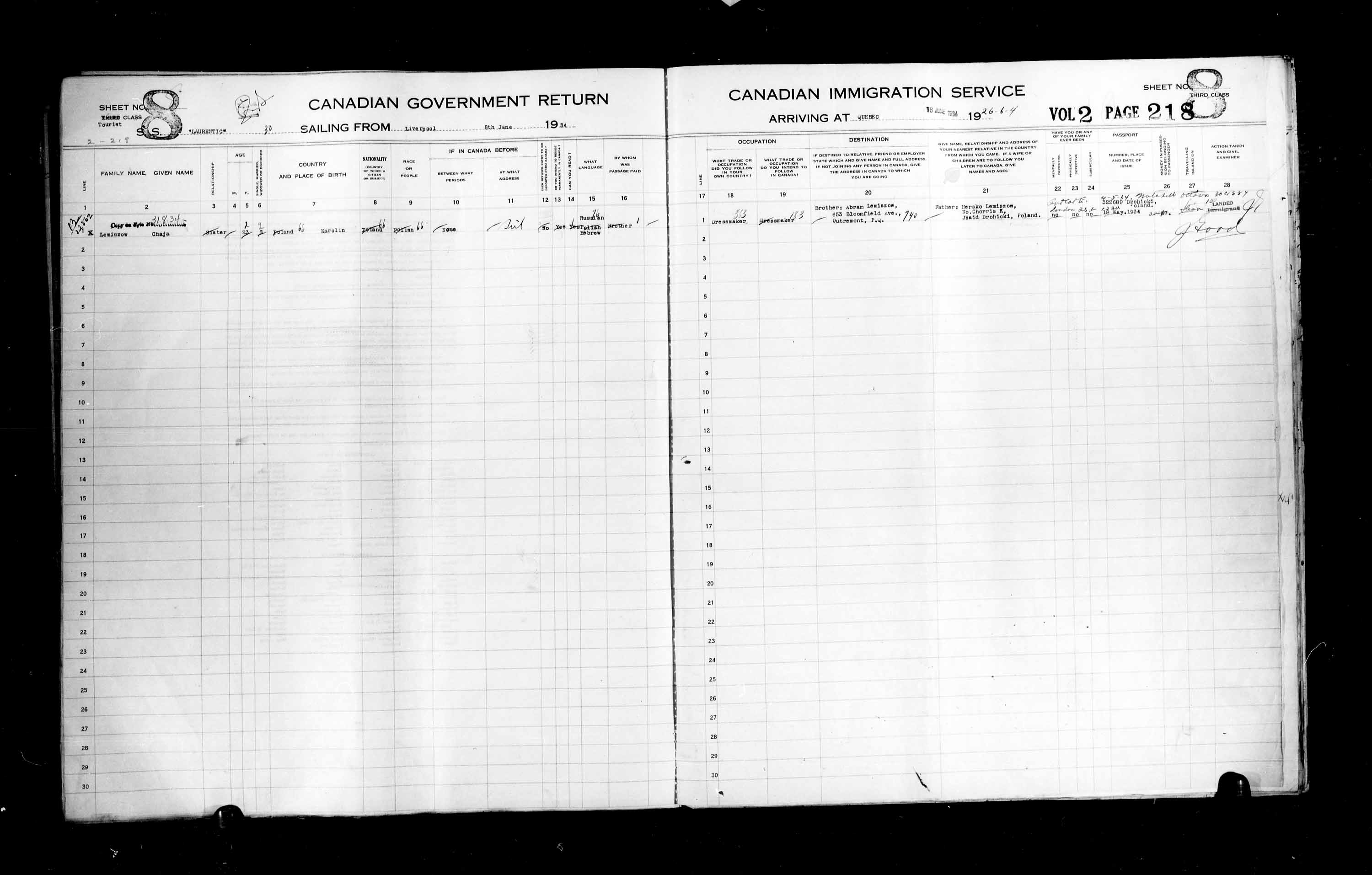 Title: Passenger Lists: Quebec City (1925-1935) - Mikan Number: 134839 - Microform: t-14787