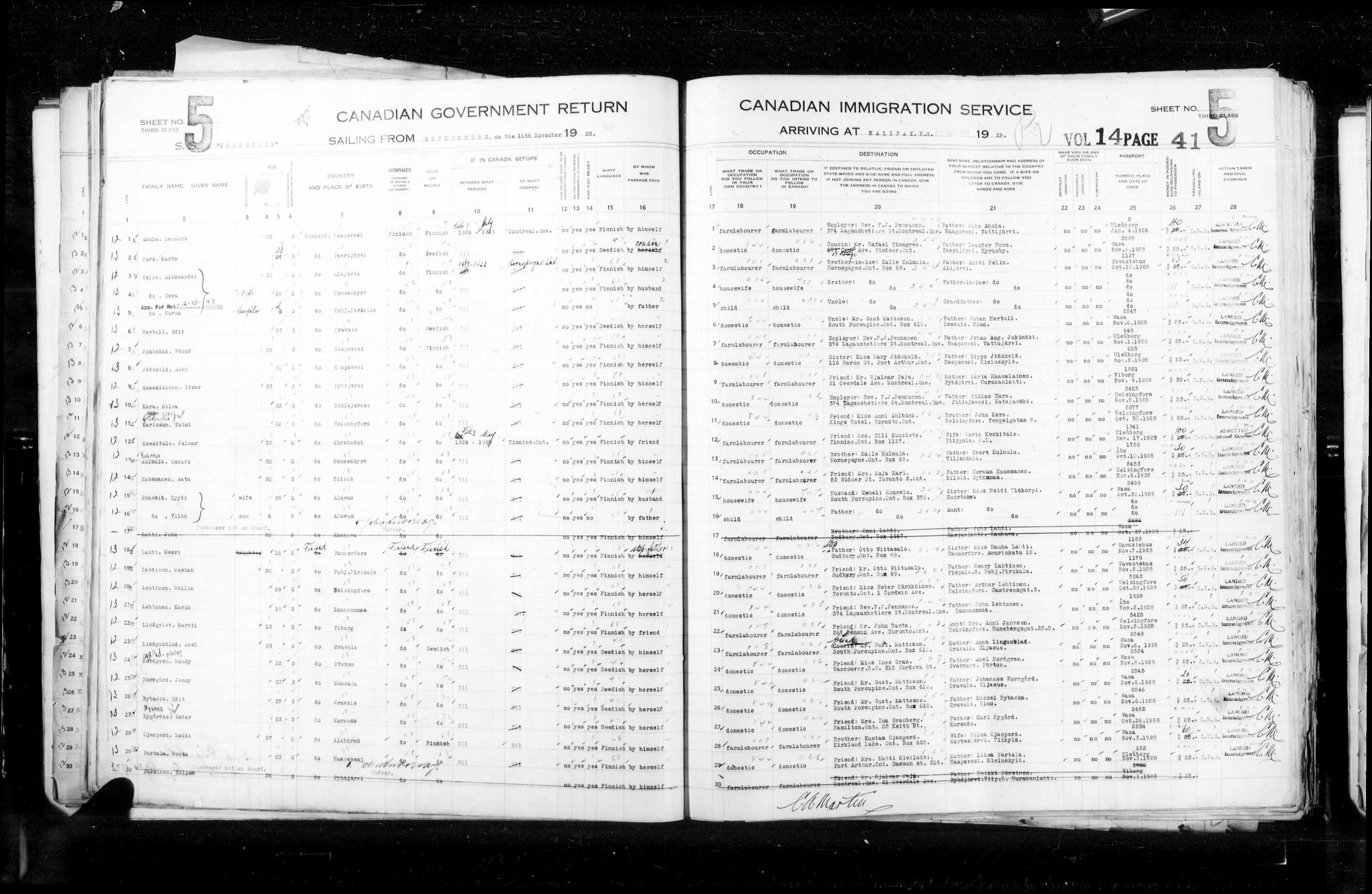 Title: Passenger Lists: Halifax (1925-1935) - Mikan Number: 134853 - Microform: t-14816