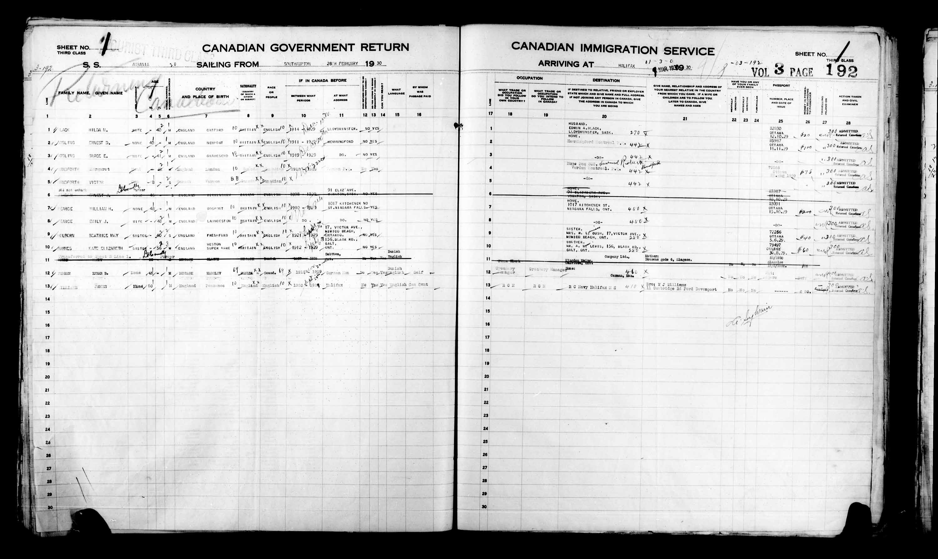 Title: Passenger Lists: Halifax (1925-1935) - Mikan Number: 134853 - Microform: t-14824
