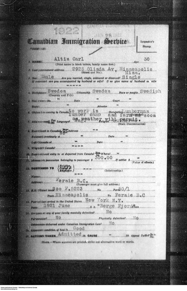 Title: Border Entry, Form 30, 1919-1924 - Mikan Number: 161377 - Microform: t-15249