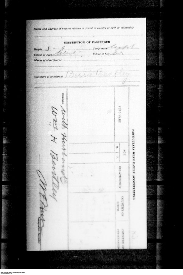 Title: Border Entry, Form 30, 1919-1924 - Mikan Number: 161377 - Microform: t-15255