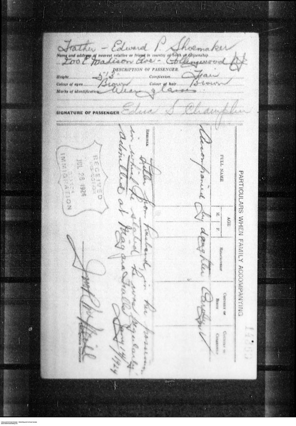 Title: Border Entry, Form 30, 1919-1924 - Mikan Number: 161377 - Microform: t-15265