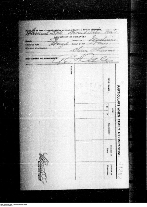 Title: Border Entry, Form 30, 1919-1924 - Mikan Number: 161377 - Microform: t-15271