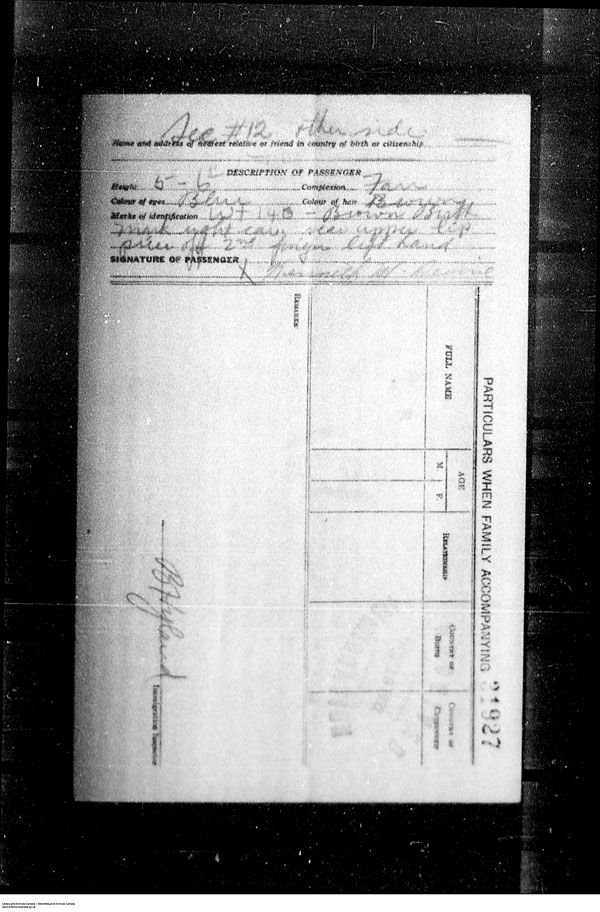 Title: Border Entry, Form 30, 1919-1924 - Mikan Number: 161377 - Microform: t-15272