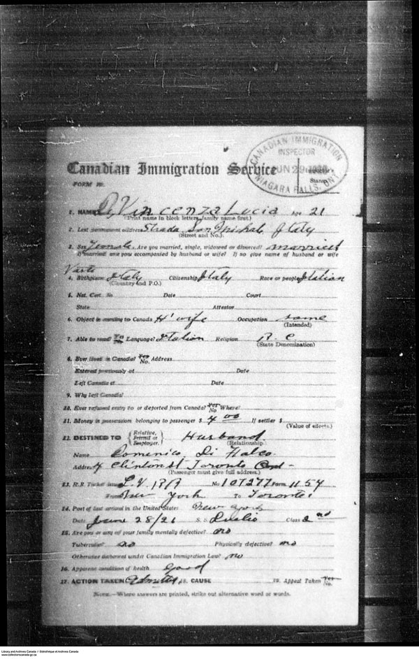 Title: Border Entry, Form 30, 1919-1924 - Mikan Number: 161377 - Microform: t-15273