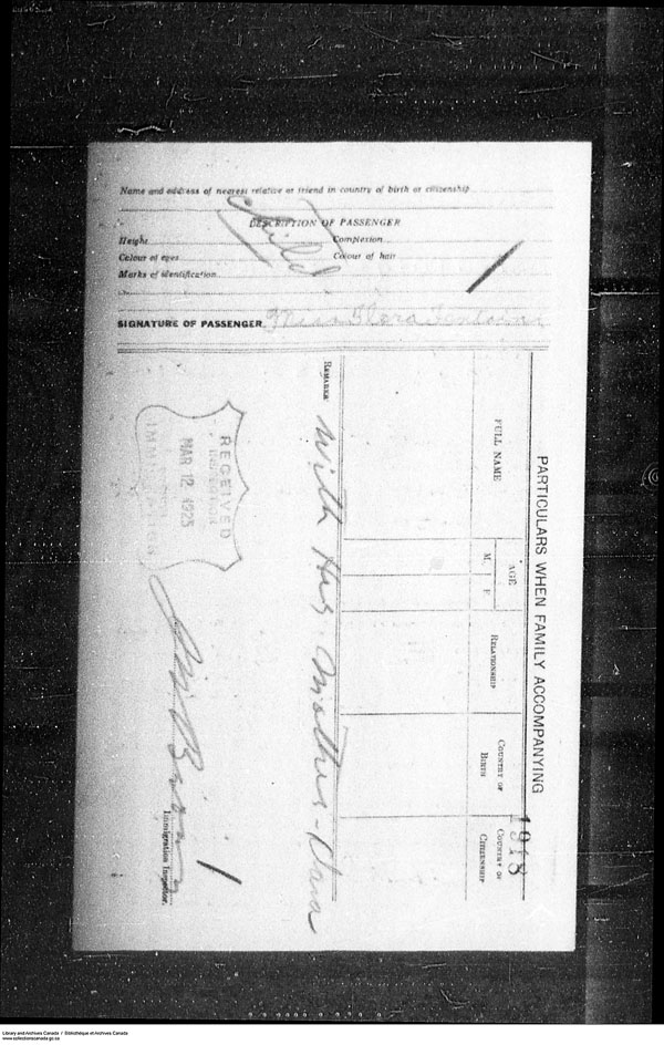 Title: Border Entry, Form 30, 1919-1924 - Mikan Number: 161377 - Microform: t-15279