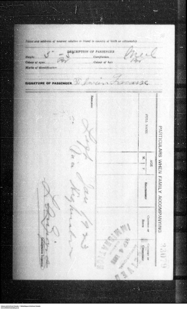 Title: Border Entry, Form 30, 1919-1924 - Mikan Number: 161377 - Microform: t-15298
