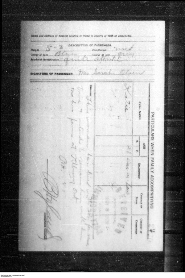 Title: Border Entry, Form 30, 1919-1924 - Mikan Number: 161377 - Microform: t-15315