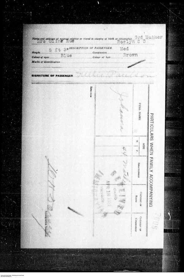 Title: Border Entry, Form 30, 1919-1924 - Mikan Number: 161377 - Microform: t-15317