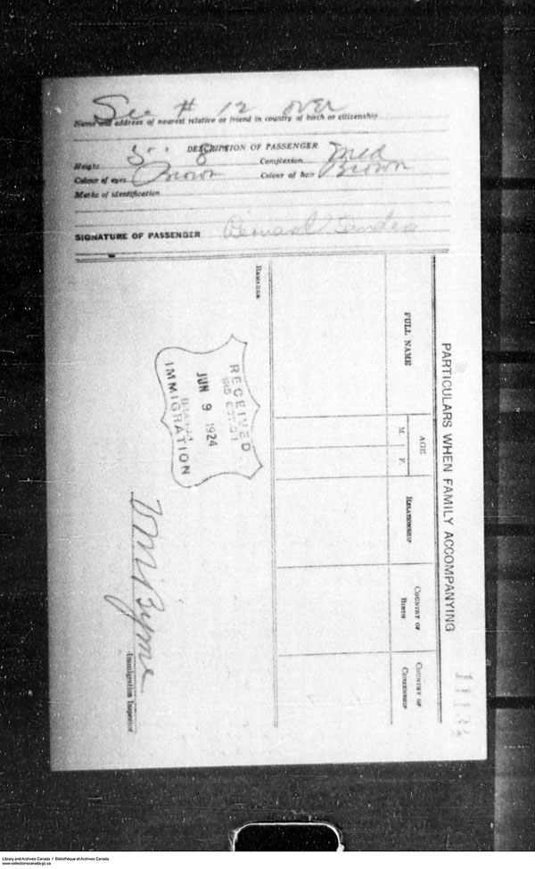Title: Border Entry, Form 30, 1919-1924 - Mikan Number: 161377 - Microform: t-15326