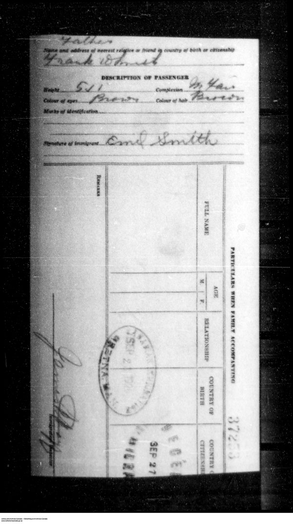Title: Border Entry, Form 30, 1919-1924 - Mikan Number: 161377 - Microform: t-15330