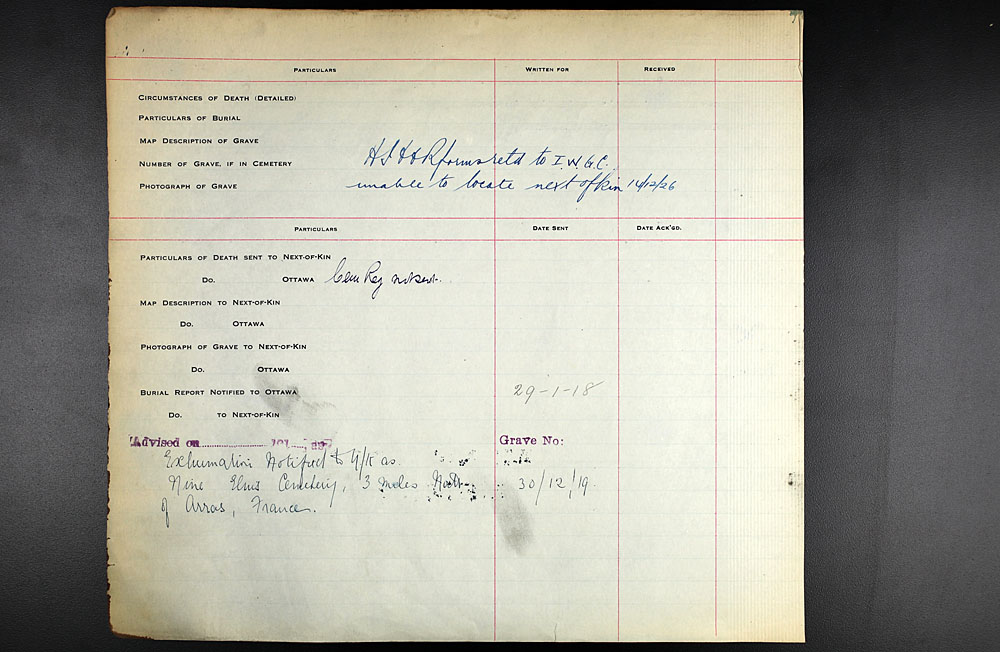 Title: Commonwealth War Graves Registers, First World War - Mikan Number: 46246 - Microform: 31830_B016589