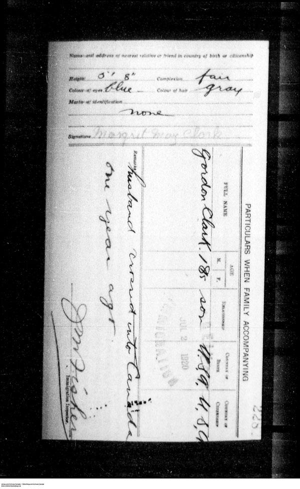 Titre: Arrivées par la frontière, formulaire 30, 1919-1924 - N° d'enregistrement Mikan: 179163 - Microforme: t-15267